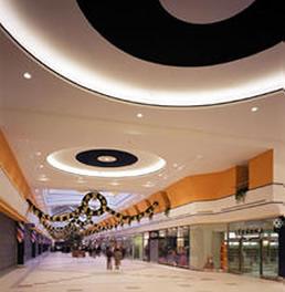 Romania duce lipsa de mall-uri si galerii comerciale
