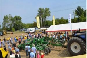 Fermierii din 6 judete din Romania au testat utilaje si tehnologii de ultima generatie, in cadrul BISO Tour 2013