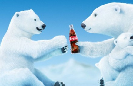 "Expozitie ""Craciun cu Coca-Cola (Coca-Cola Christmas)"" la Muzeul Slugger"