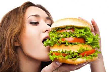 Strategie de promovare pentru generatia moderna: burgerii produsi doar din ingrediente naturale