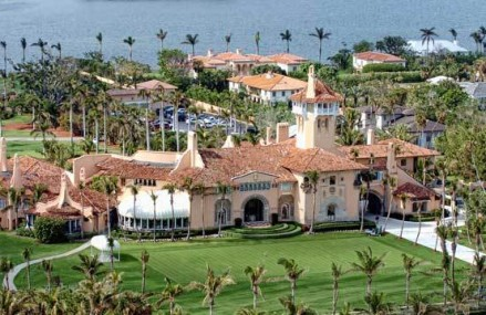 Donald Trump da in judecata aeroportul din Palm Beach pentru 100 milioane $