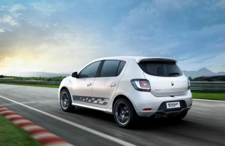 Renault lanseaza Sandero RS 2.0, cu destinatia: America Latina