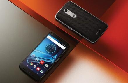 Motorola a lansat smartphone-ul al carui ecran nu se sparge