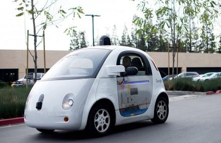 Obama vrea sa investeasca 4 miliarde de dolari in masinile care se conduc singure