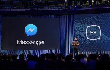 Facebook planuieste sa dezvolte roboti digitali pentru aplicatia Messenger