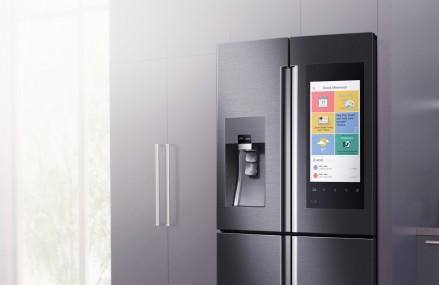 Samsung te lasa sa vezi ce ai in frigider chiar si atunci cand esti la piata