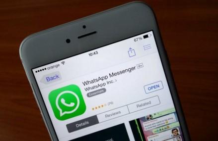 Whatsapp renunta la taxa anuala de 1$