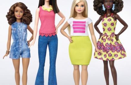 """Noile papusi Barbie sunt """"plinute"""", """"scunde"""" sau """"inalte"""""""