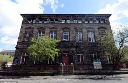 Şcoala din Scoţia unde nu există niciun elev scoţian. 181 din cei 222 de elevi sunt români sau slovaci