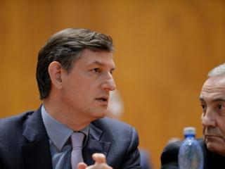 Costin Borc: Guvernul vrea sa introduca stimulente fiscale pentru companiile care doresc sa investeasca in cercetare si educatie