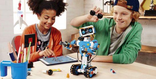Lego lanseaza un nou kit care ii invata programare pe copii