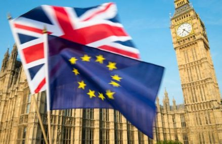 Marea Britanie va trebui sa mai finanteze UE inca 4 ani dupa ce nu va mai fi stat membru