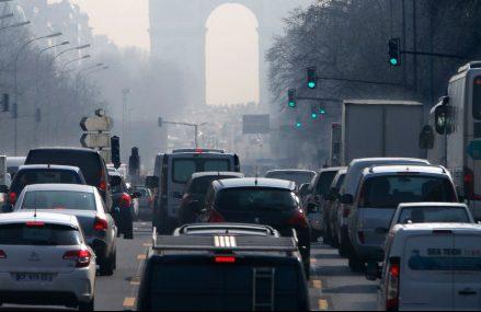 Franta vrea sa interzica vanzarea de masini diesel sau pe benzina pana in 2040