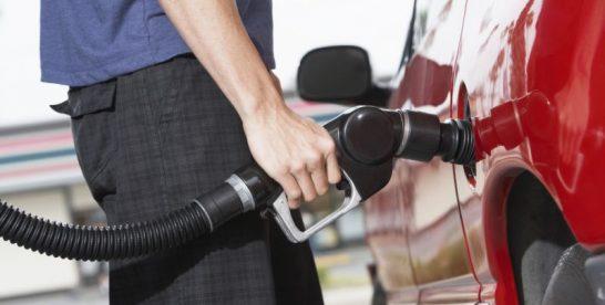 Supraaccizarea carburanților generează o cheltuială suplimentară semnificativă pentru șoferi și nu numai