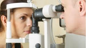Mersul regulat la un cabinet oftalmologic face bine