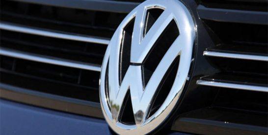 Volkswagen recheamă peste 75.000 de autovehicule la care s-au descoperit defecte la centura de siguranță