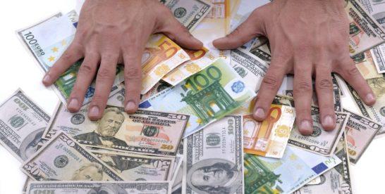 Peste 1 milion EUR obținuți din negocierile consumatorilor cu băncile în 2018