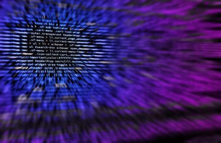 Microsoft: Hackerii ruși au atacat grupuri ale societății civile din Europa