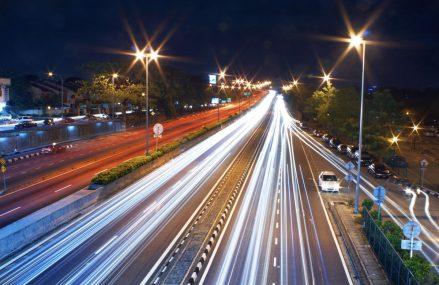 Un business local trebuie să dea dovadă de agilitate în competiția cu multinaționalele