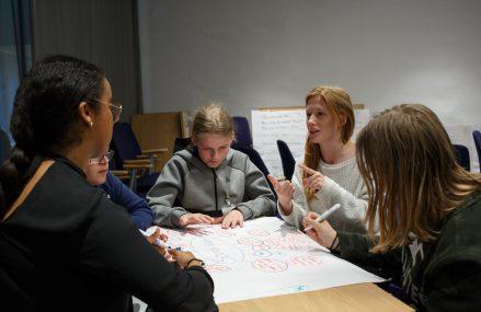 Cursuri de engleza Bucuresti – Descopera beneficiile uimitoare ale invatarii unei limbi straine
