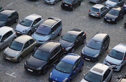 Cinci motive pentru a parca masina langa aeroport