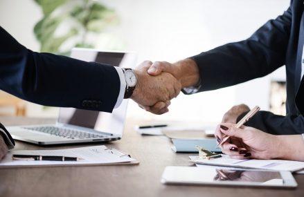 Noi oportunitati de crestere pentru afacerile din Romania  – Smart Consultingul.