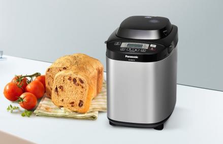 De ce sa iti cumperi o masina de facut paine si cum o alegi?