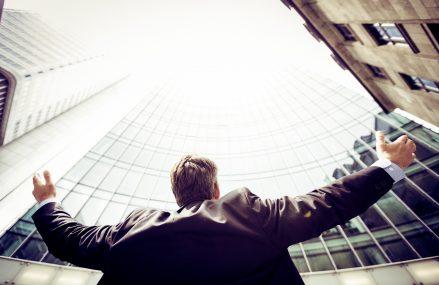 6 avantaje ale cursurilor dedicate abilitatilor de lider