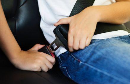 Lucruri importante despre siguranta copiilor in masina. Cum poti avea o calatorie placuta alaturi de copii?