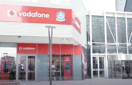 Vodafone atacă pe business cu abonamente cu apeluri, SMS-uri şi net nelimitat, inclusiv în roaming