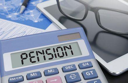 """Principala problemă a României rămâne stăpânirea deficitului bugetar: """"Majorarea pensiilor cu 40% va ţine România în recesiune şi în 2021"""""""