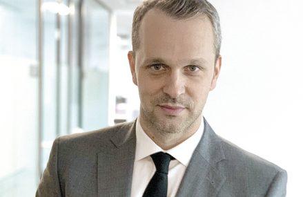 """Andrei Sârbu, CEO al companiei de consultanţă imobiliară SVN: Dacă anul acesta apartamentele livrate sunt deja vândute, peste doi ani doar puţin peste jumătate vor avea client. """"Micşorarea gradului de îndatorare, devalorizarea leului şi creşterea dobânzii, alături de zvonurile lansate în piaţă, vor afecta piaţa în următorii ani."""""""