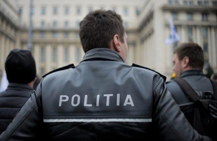Alegeri locale 2020. Poliţia Braşov, sesizată că un bărbat a oferit bani pentru voturi