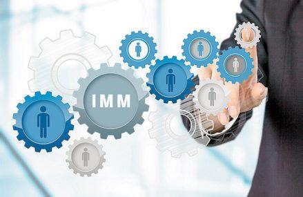 """BCR suplimentează plafonul IMM Invest cu 400 mil. lei. """"Suplimentarea plafonului IMM Invest înseamnă mai multe companii care îşi vor pune în aplicare ideile şi planurile de afaceri şi sperăm că numărul celor care aleg finanţări pentru investiţii va fi în continuare în creştere faţă de 2020."""""""
