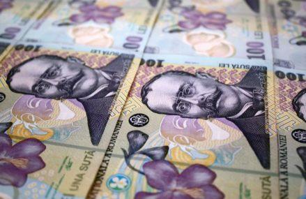 Ministerul de Finanţe a împrumutat joi 1,05 miliarde lei de la bănci într-o emisiune de obligaţiuni cu dobândă anuală de 3,22%