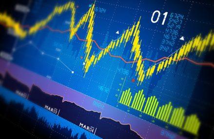 Bursa de la Bucureşti la nouă luni din 2020: indicele principal BET are minus 9,7%. Cu tot cu dividende, tot pe minus sunt investitorii. BET-TR, indice care reflectă pe lângă dinamica acţiunilor şi randamentul dividendelor, are minus 6%