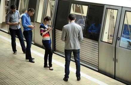 Probleme la metrou. Trenurile circulă cu dificultate pe Magistrala 4