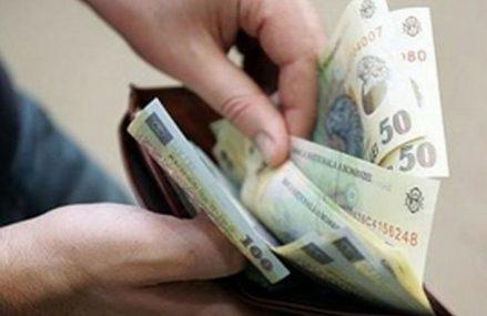 Românii ar putea plăti o nouă taxă pentru fiecare ambalaj al produselor pe care le cumpără