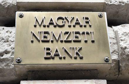 Banca centrală a Ungariei îşi înrăutăţeşte semnificativ prognoza economică pe acest an