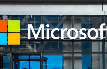 Gigantul american Microsoft investeşte în aplicaţia Azure Space, prin care serviciile de cloud computing vor deveni accesibile prin satelit