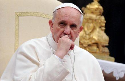Papa Francisc priveşte spre viitor: A numit 13 noi cardinali, printre care şi primul afro-american
