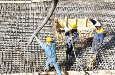Dezvoltare pe verticală. Autorizaţiile de construire pentru blocuri s-au triplat în ultimii zece ani, în timp ce avizele pentru case au scăzut cu 4%. Pandemia ar putea inversa acest trend
