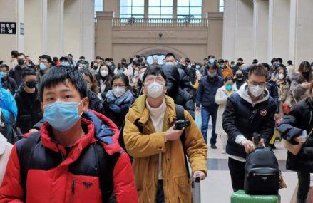 Cea mai mare migraţie umană de pe planetă: Noile focare de coronavirus ameninţă trei miliarde de călătorii efectuate în fiecare An Nou Chinezesc