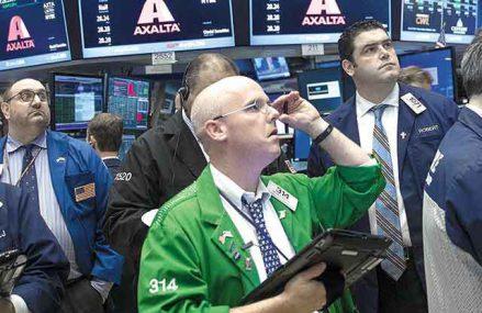 Bursele mondiale ating maxime recorduri după învestirea noului preşedintele american Joe Biden: FTSE şi DAX s-au majorat cu 0,2% până la 0,4%, însă dolarul a scăzut