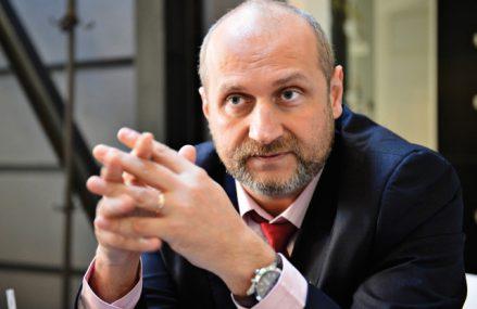 Mircea Turdean, director general Farmec Cluj-Napoca: Mulţi consumatori au cumpărat produse locale în 2020, atât pentru că businessurile româneşti sunt mai afectate decât cele străine, dar şi pentru raportul calitate-preţ competitiv