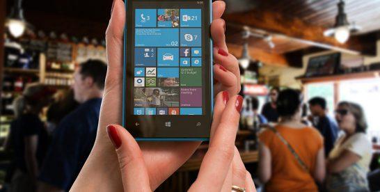 Google pariază pe revenirea telefoanelor mobile Nokia