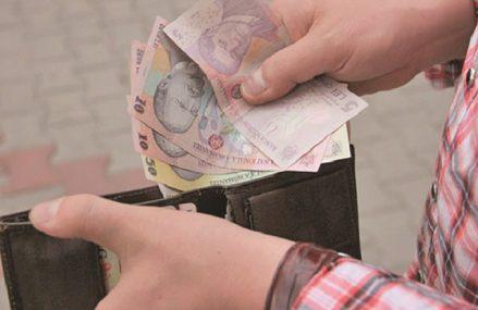 Românii au câştigat un salariu mediu net de aproape 3.000 de lei în 2019, mai mare cu 13% faţă de valoarea înregistrată în 2018. Anul trecut au fost peste 5,1 milioane de salariaţi în economia locală