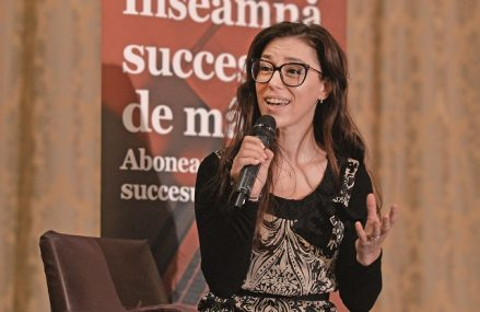 Videoconferinţa ZF/NNDKP Legal & Tax. Roxana Abraşu, NNDKP: Piaţa muncii este într-un moment de flexibilizare, telemunca va rămâne o prioritate. Ne aşteptăm să vedem disponibilizări de personal şi în 2021