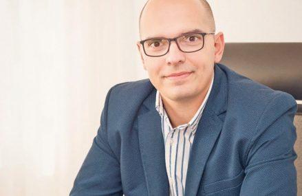 Aurel Bernat, CEO al BT AM, despre aşteptările privind promovarea Bursei: un interes mai mare din partea investitorilor instituţionali şi străini, ştiri pozitive din zona companiilor listate, lichiditate crescută şi interes mai mare al companiilor care vor să se listeze