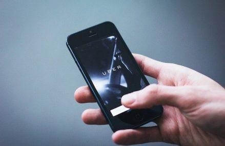 Uber promite o flota completa de masini electrice pana in 2040